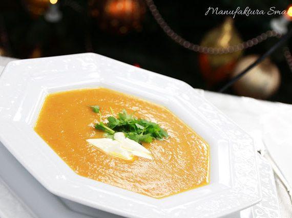 Pikantna zupa marchewkowa