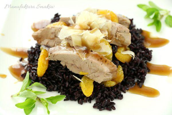 Kaczka z czarnym ryżem