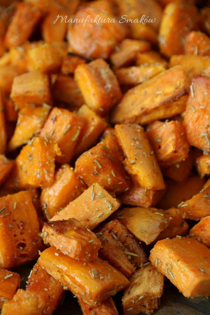 Pieczone bataty z rozmarynem
