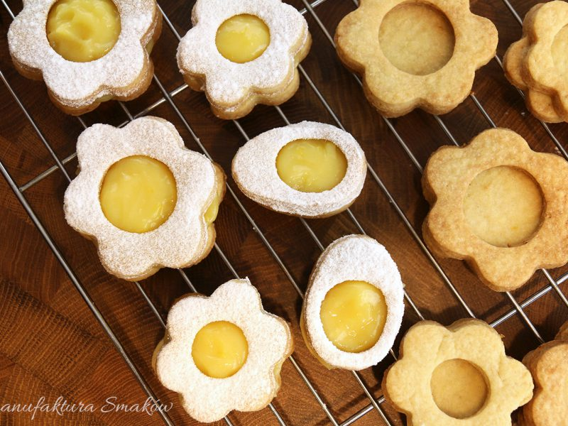 Kruche ciasteczka cytrynowe z kremem